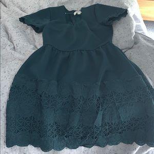 Francescas forest green dress. Playful and cute XS